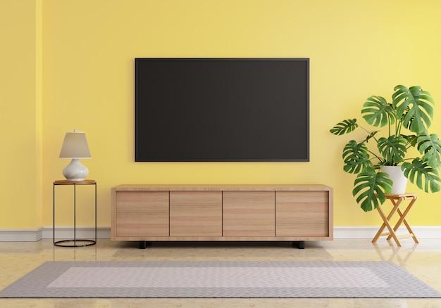 Sala de estar com uma tela em branco pendurada na simulação de uma tv lcd na parede amarela