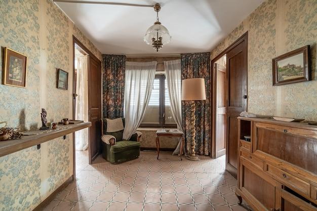 Sala de estar de uma casa clássica