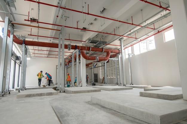 Sala do refrigerador no edifício novo da construção da fabricação de serviço público