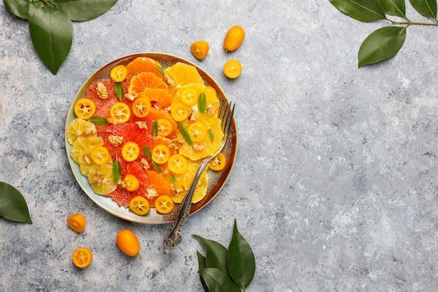 Salada cítrica caseira crua