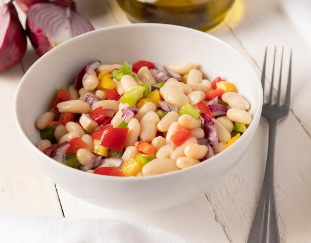 Salada de feijão com vista panorâmica