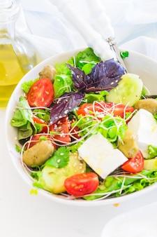 Salada de legumes de verão