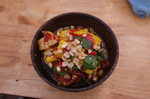 Salada de papaia de milho