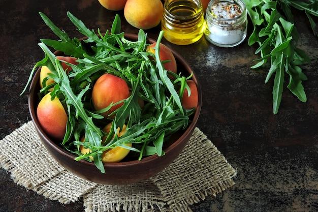 Salada de rúcula saudável