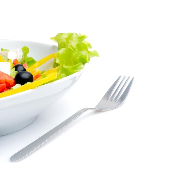 Salada e garfo