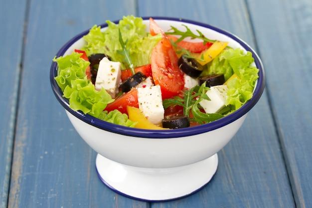 Salada em azul