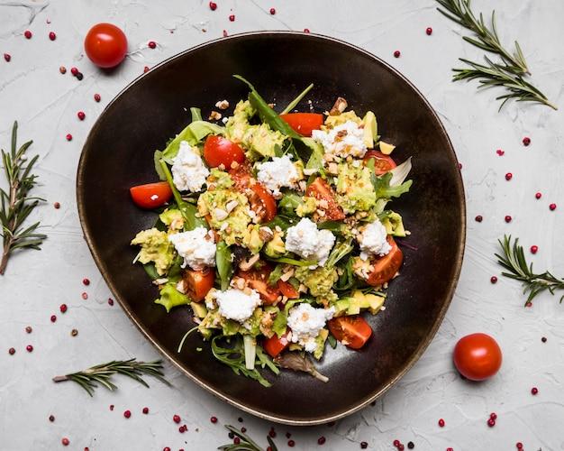 Salada saudável saborosa close-up