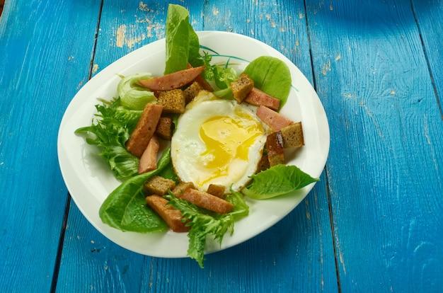 Salade lyonnais - frança incluindo salade close up