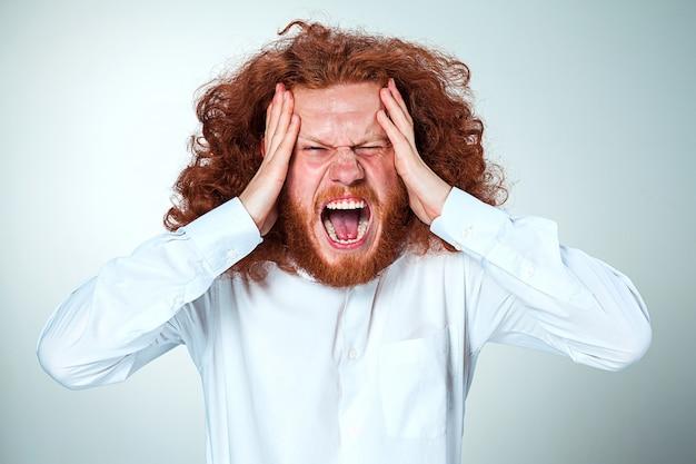 Salientou o empresário com dor de cabeça