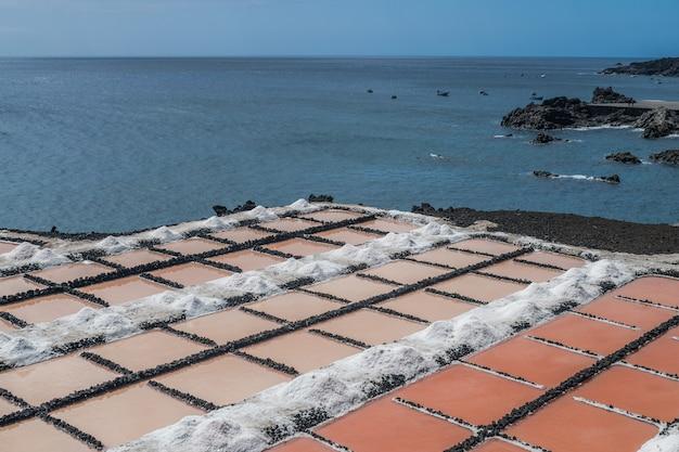 Salinas fuencaliente com o oceano atlântico la palma ilhas canárias espanha
