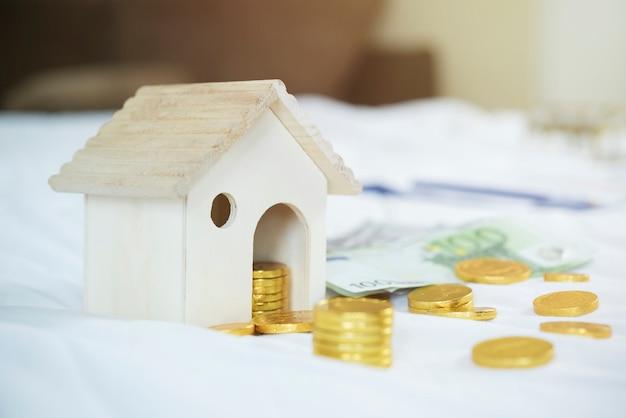 Salvando, plano de aposentadoria, conceito de planejamento financeiro.