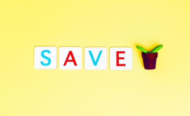 Salve a carta de árvore com árvore de planta pequena para o conceito de ecologia e dia da terra.