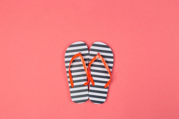 Sandálias de dedo. vista do topo