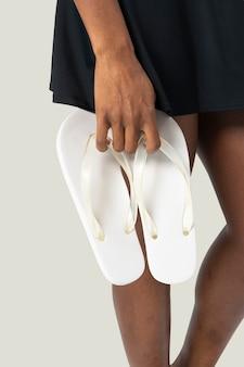 Sandálias femininas brancas da moda verão