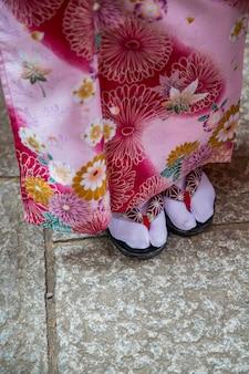 Sandálias tradicionais da gueixa