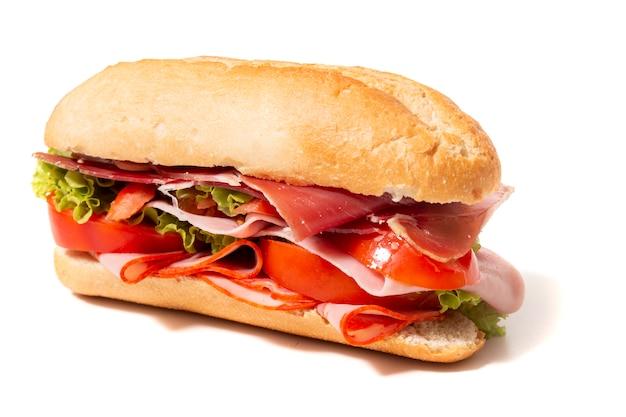 Sanduíche com paio salsicha e presunto