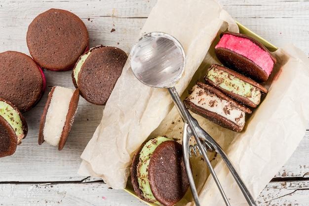Sanduíche de sorvete com biscoitos whoopie pie