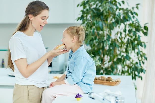 Sanduíche para filha