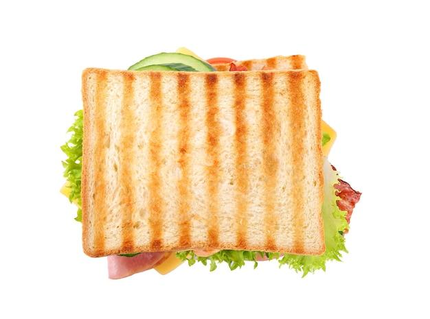 Sanduíche saboroso com pão torrado isolado no branco, vista de cima