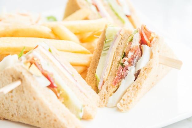 Sanduíches do clube