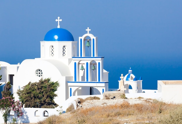 Santorini, igreja, com, azul, cúpula