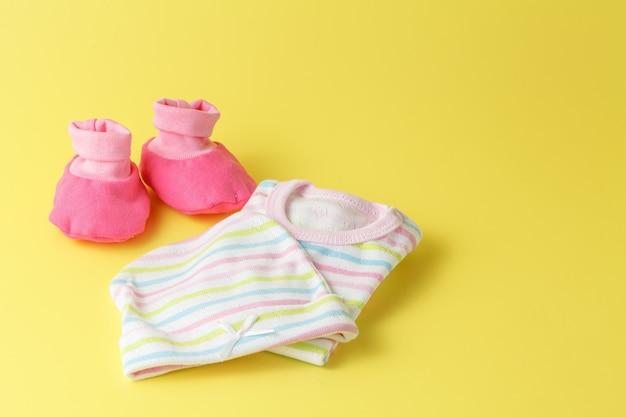 Sapatos de bebê rosa
