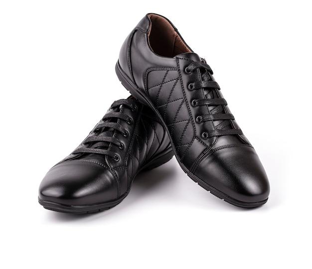 Sapatos de couro preto para homem