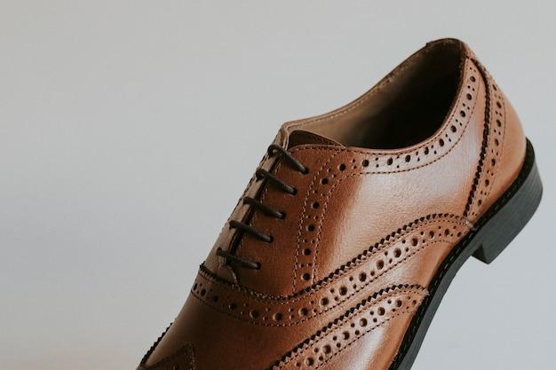 Sapatos derby, roupa formal masculina