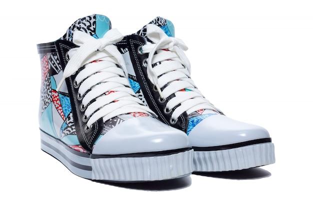 Sapatos femininos de borracha