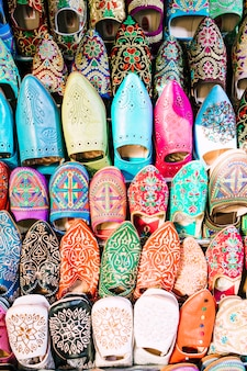 Sapatos no mercado em marrocos