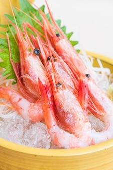 Sashimi de camarão cru e fresco