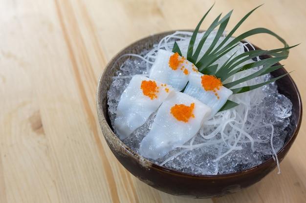 Sashimi de comida japonesa