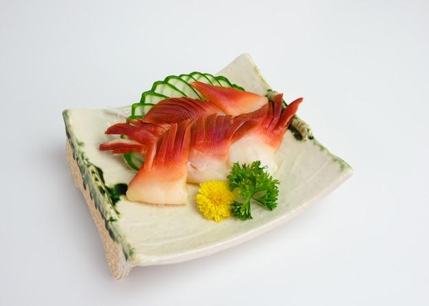 Sashimi hokkigai ou surf calm de comida japonesa