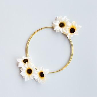 Saudação de casamento floral lindo