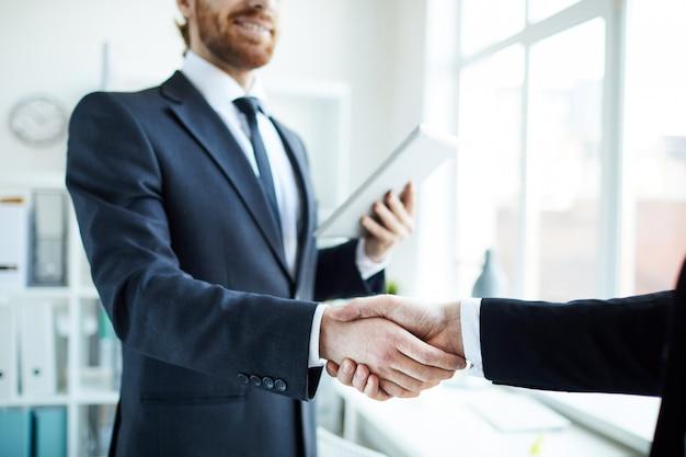 Saudação parceiro de negócios