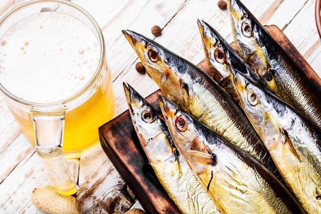 Sauro de peixe defumado