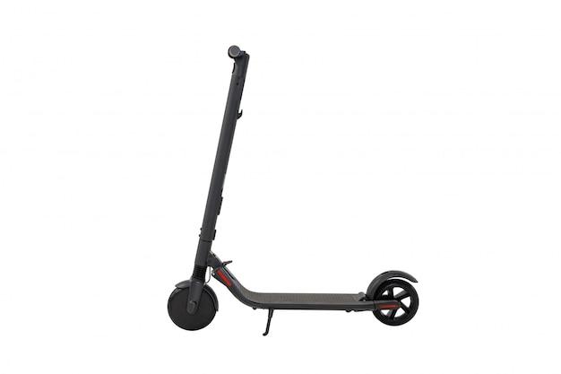 Scooter elétrica cinza escuro isolado no branco