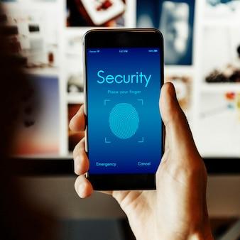 Segurança online e scanner de impressão digital no smartphone