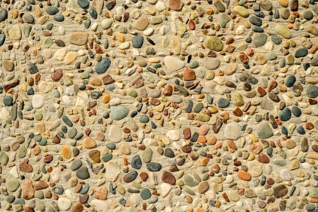 Seixos do mar no chão