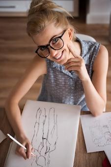 Seja profissional ao projetar as roupas