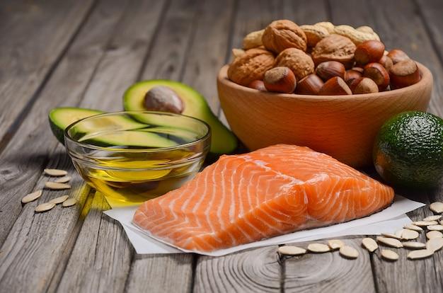 Seleção de fontes de gordura saudáveis.
