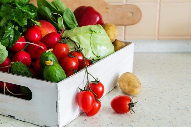 Seleção de legumes frescos do mercado dos fazendeiros
