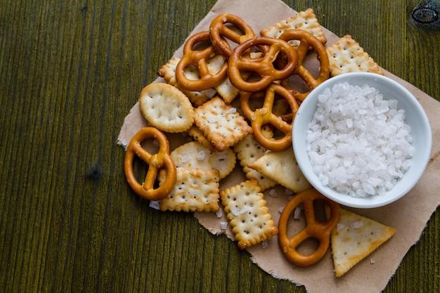Selecção de snacks salgados