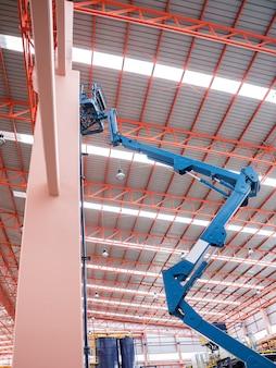 Self propelled scissor lift para manutenção de fábrica