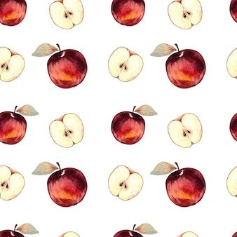 Sem costura padrão aquarela com maçãs vermelhas e fatias de maçã em um fundo branco.