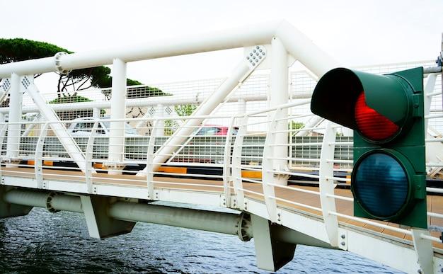 Semáforo semáforo para embarcações de transporte náutico