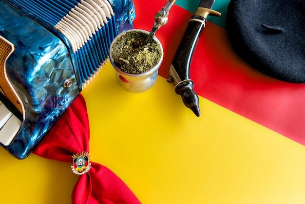 Semana tradicional do sul do brasil. semana farroupilha dos gaúchos. tradicional yerba mate da américa do sul (chimarrão no brasil).