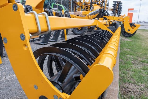 Semeadora de máquinas agrícolas, ventilador, cultivador para combinar.
