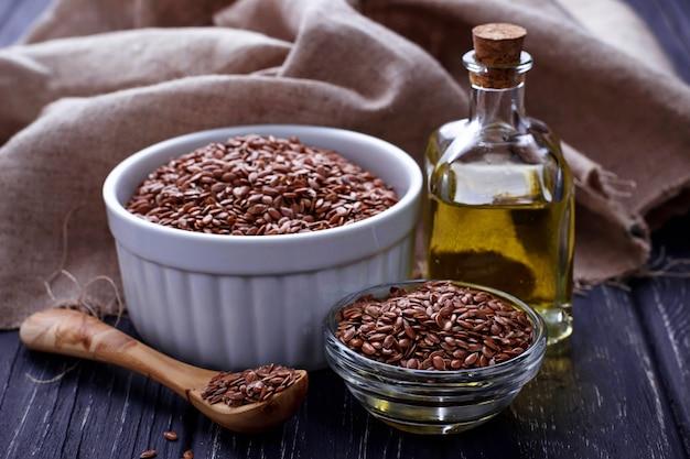 Sementes de linho e óleo de linhaça