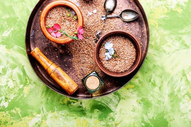 Sementes de linho marrons